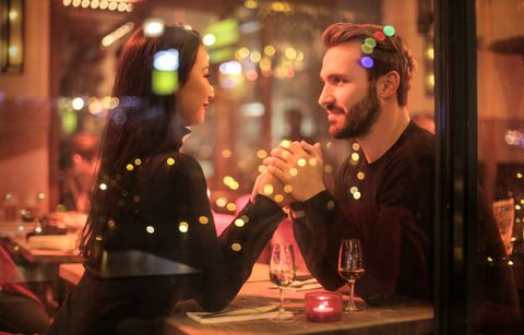 Dating and the coronavirus: How the epidemic is making the