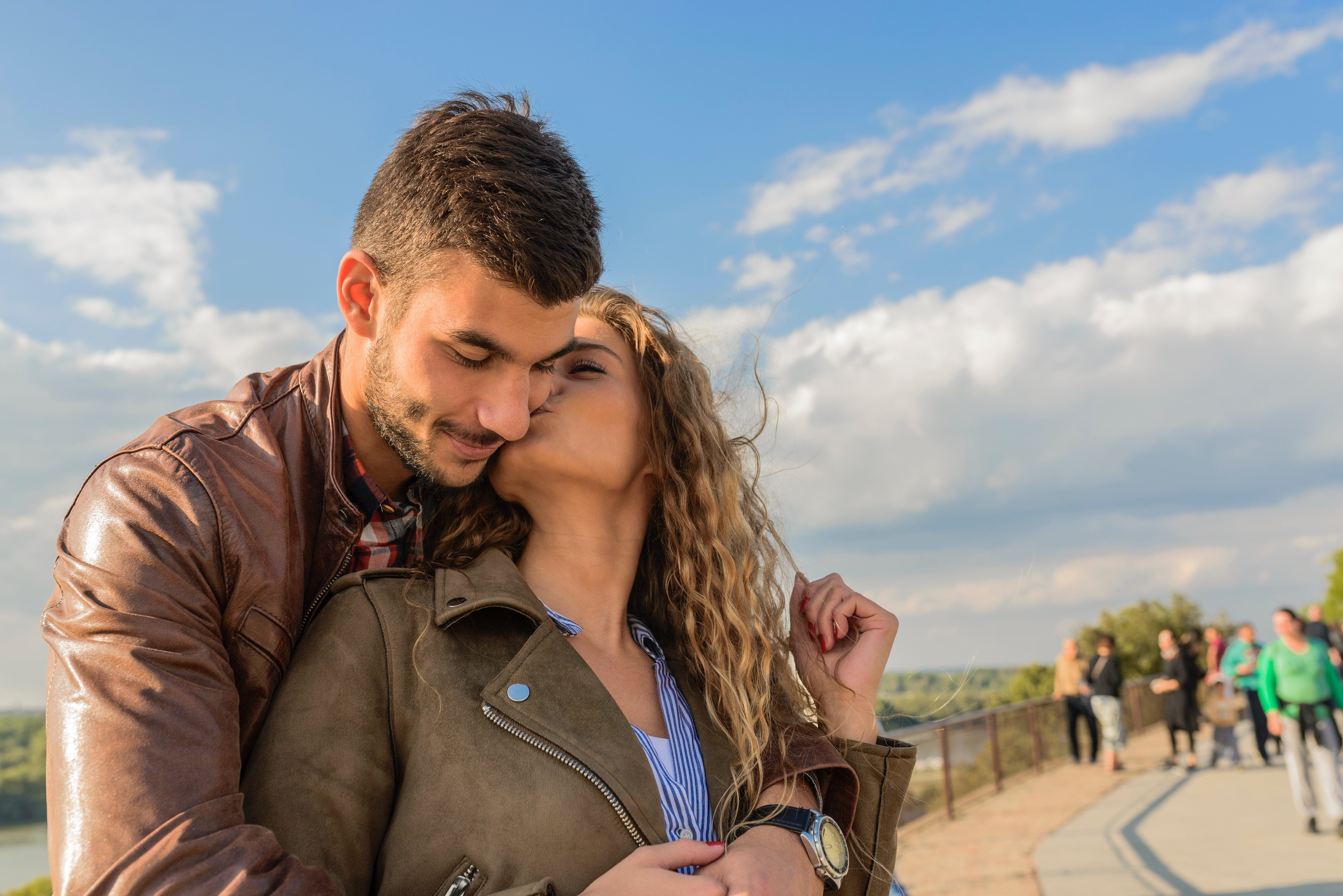 What to know when hookup a white girl
