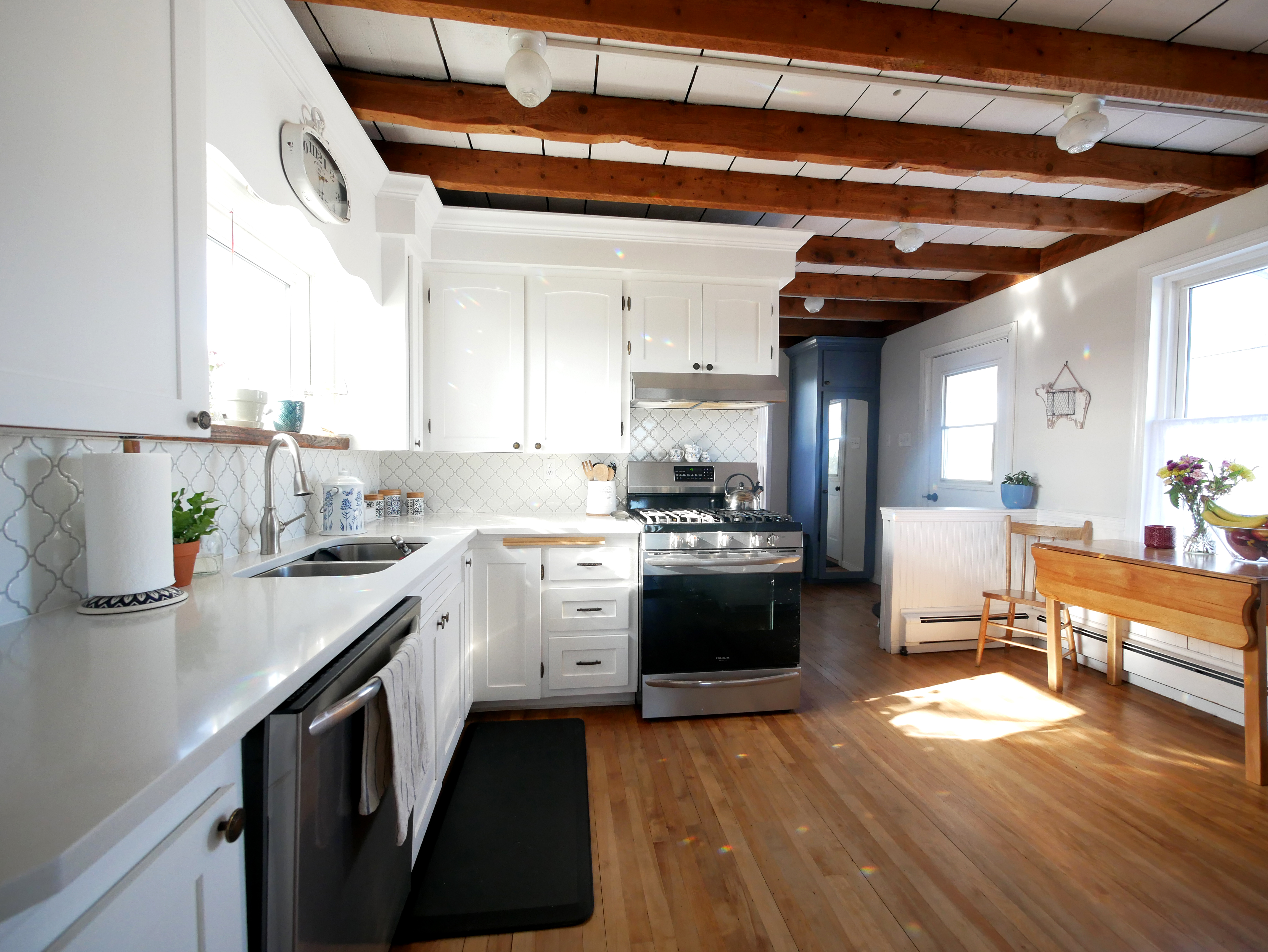 The Best Home Renovation Show Isn T On Hgtv It S On Youtube