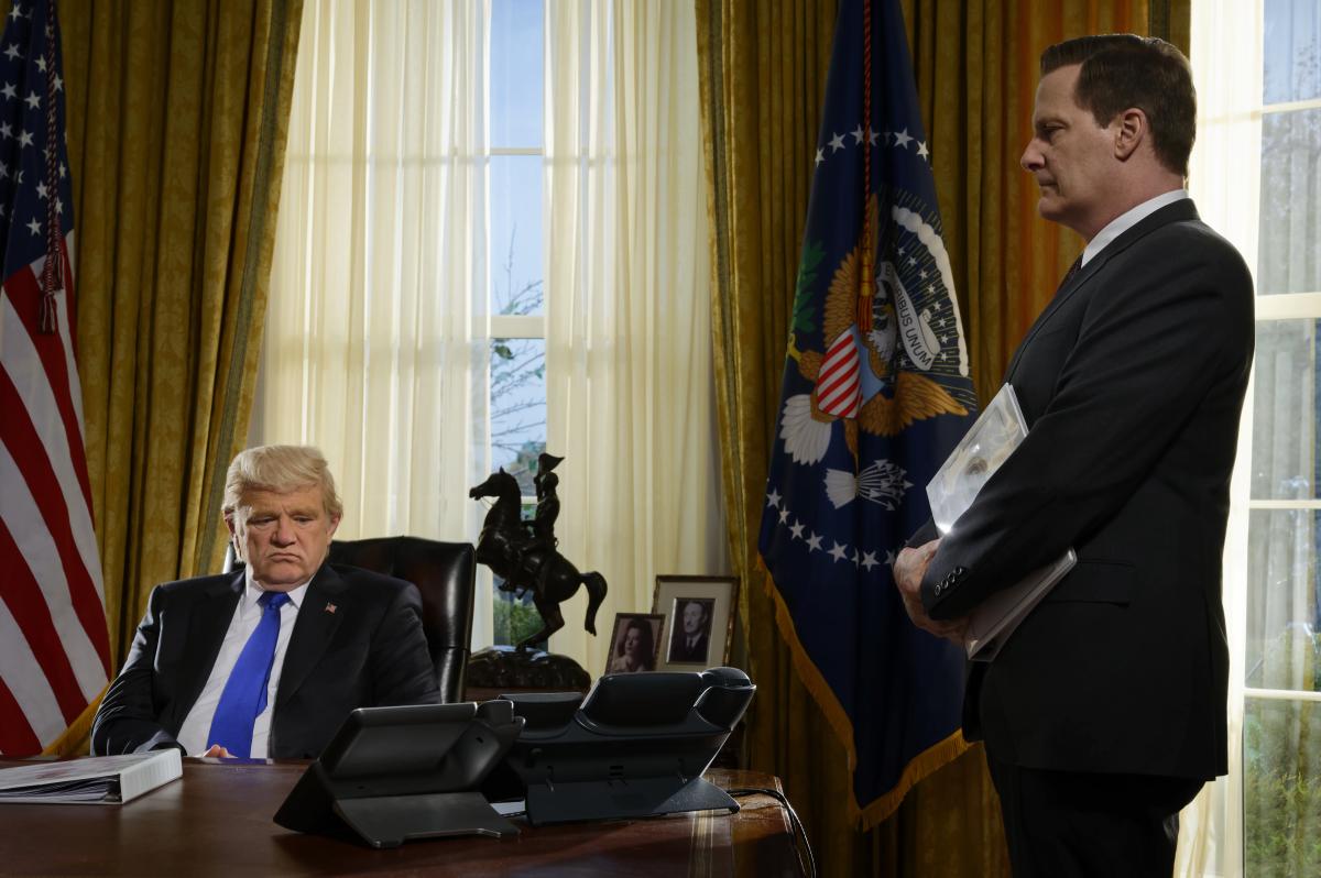 Brendan Gleeson e Jeff Bridges como Donald Trump e James Comey