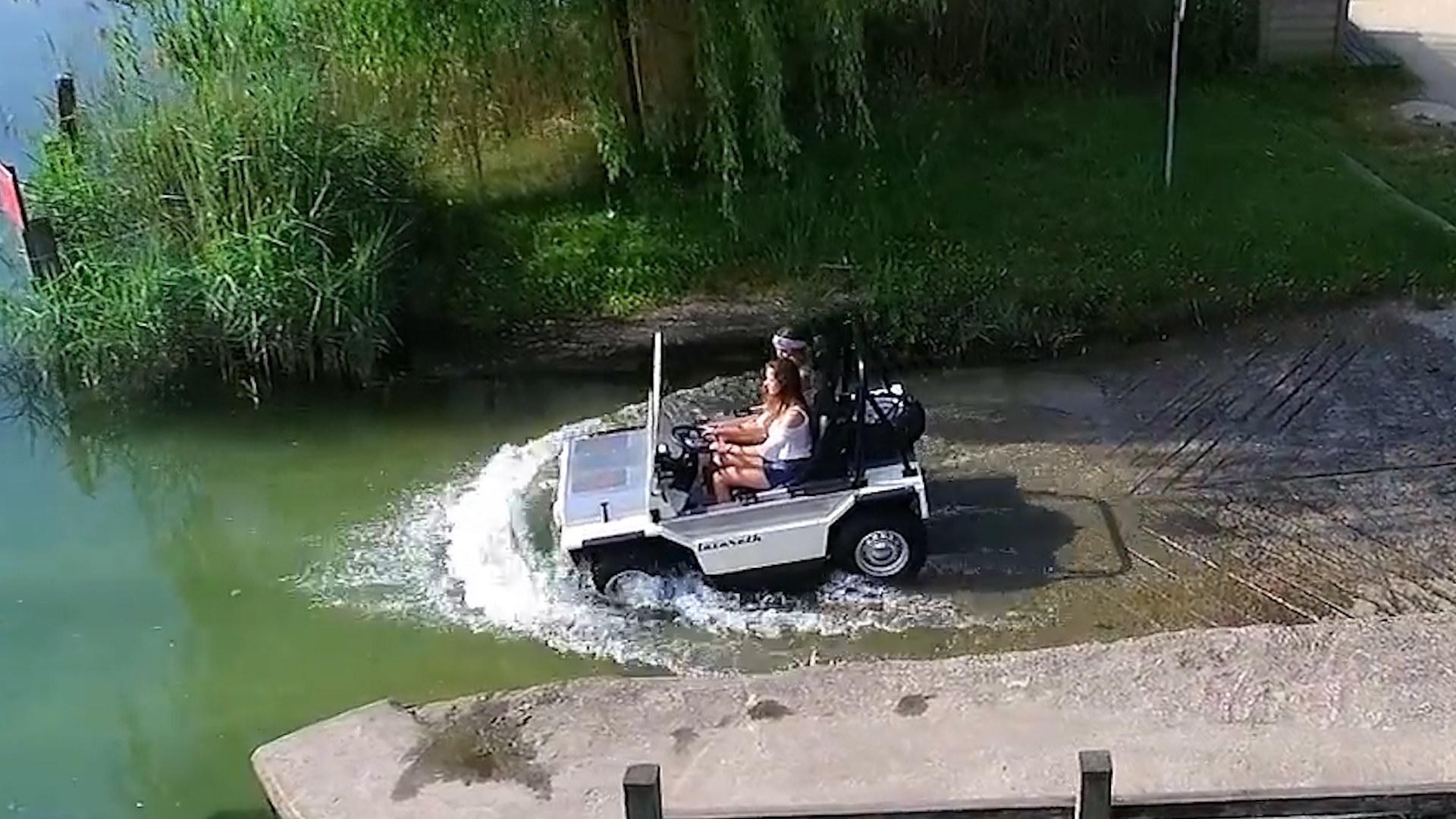 Made-to-order amphibious car lets you ride from land to water