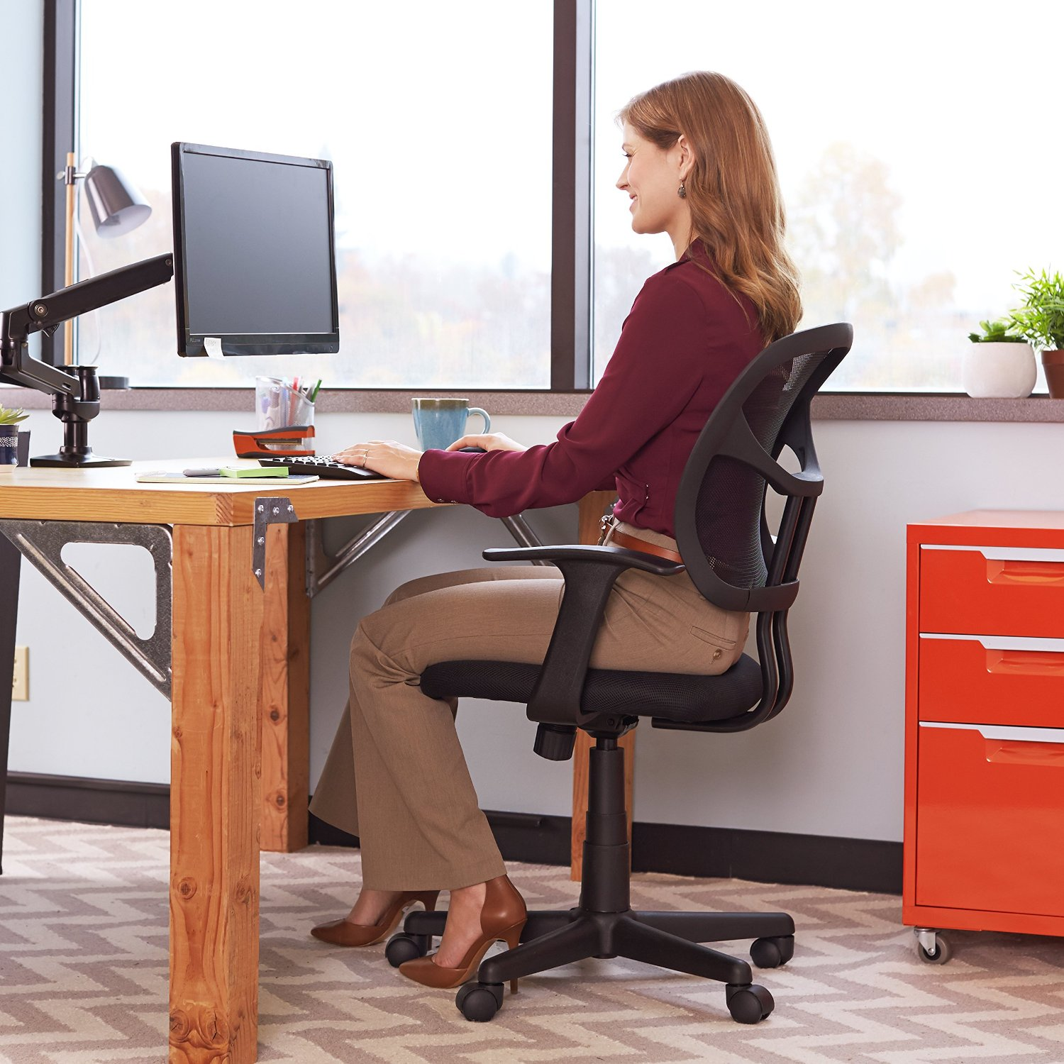8 Of The Best Desk Chairs For Any Office