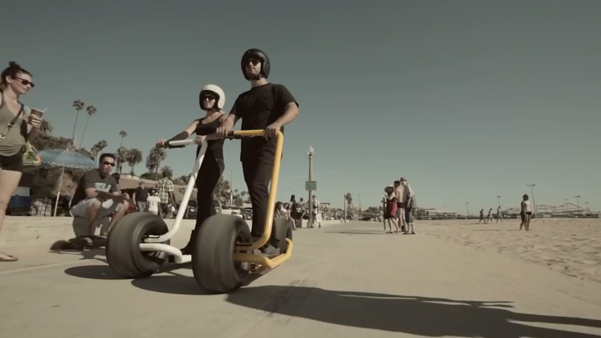 Turn heads with this self-balancing scooter that boasts some serious wheels  — Future Blink