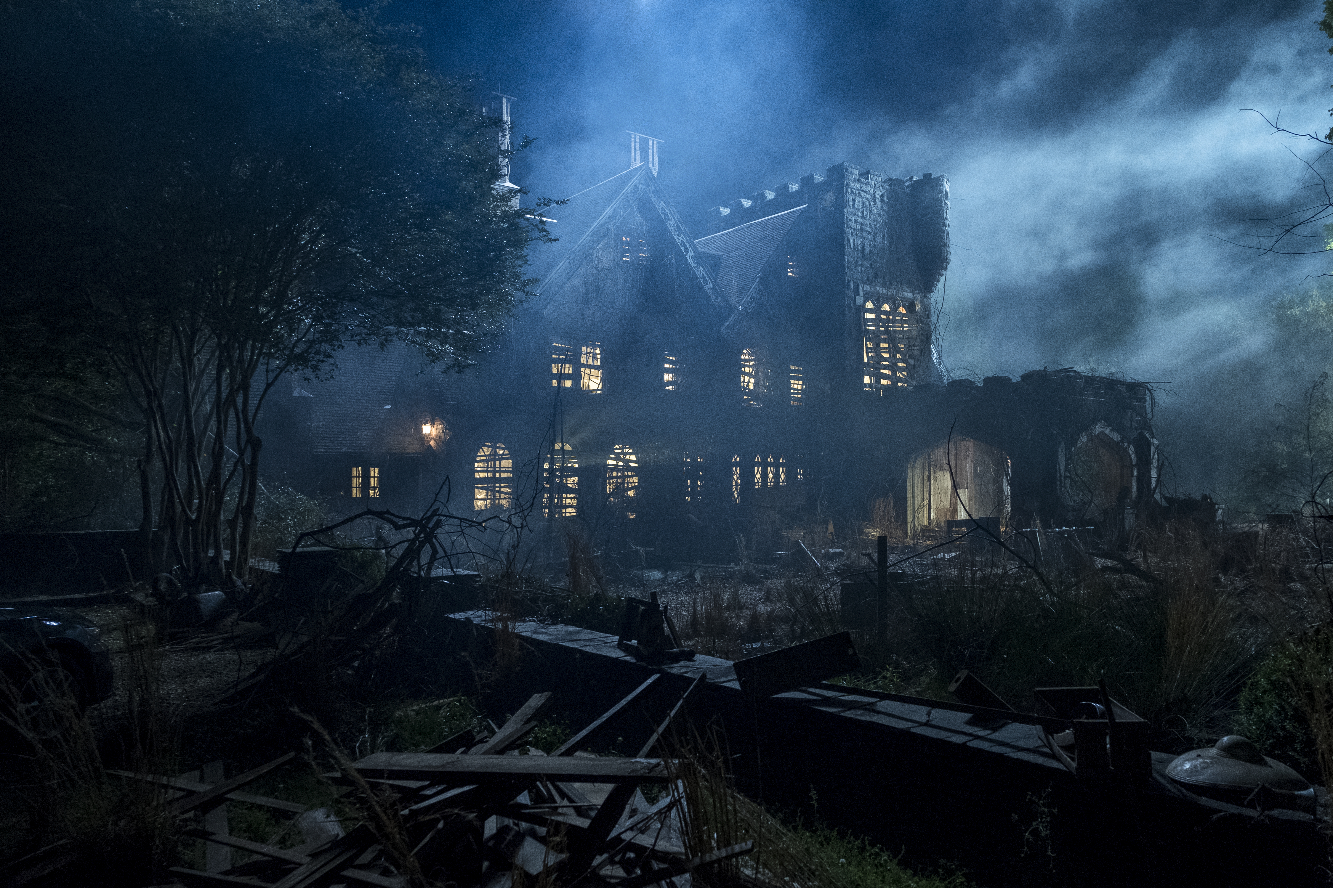 The Haunting Of Hill House Director Breaks Down That One Shot Episode
