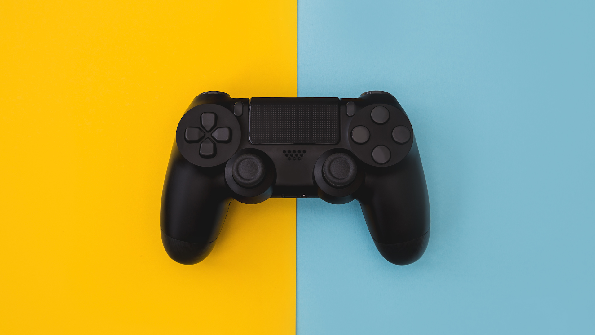2fecea79274 Fortnite adds bluetooth controller support on iOS, Android
