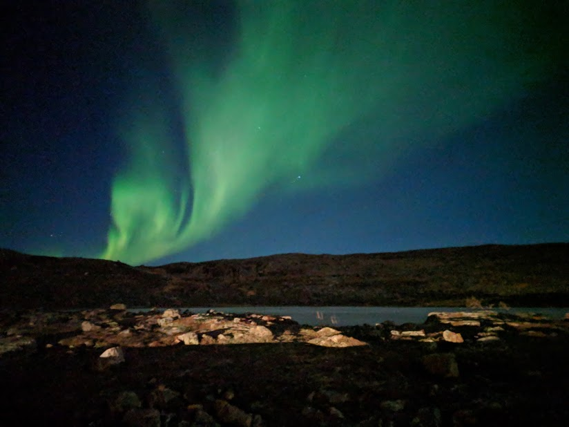 The Best Phone To Take Northern Lights Pictures Isn T An Iphone